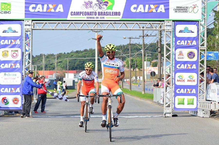 Flavio-Santos-bicampeao-Campeonato-Brasileiro-Ciclismo-Estrada-2016