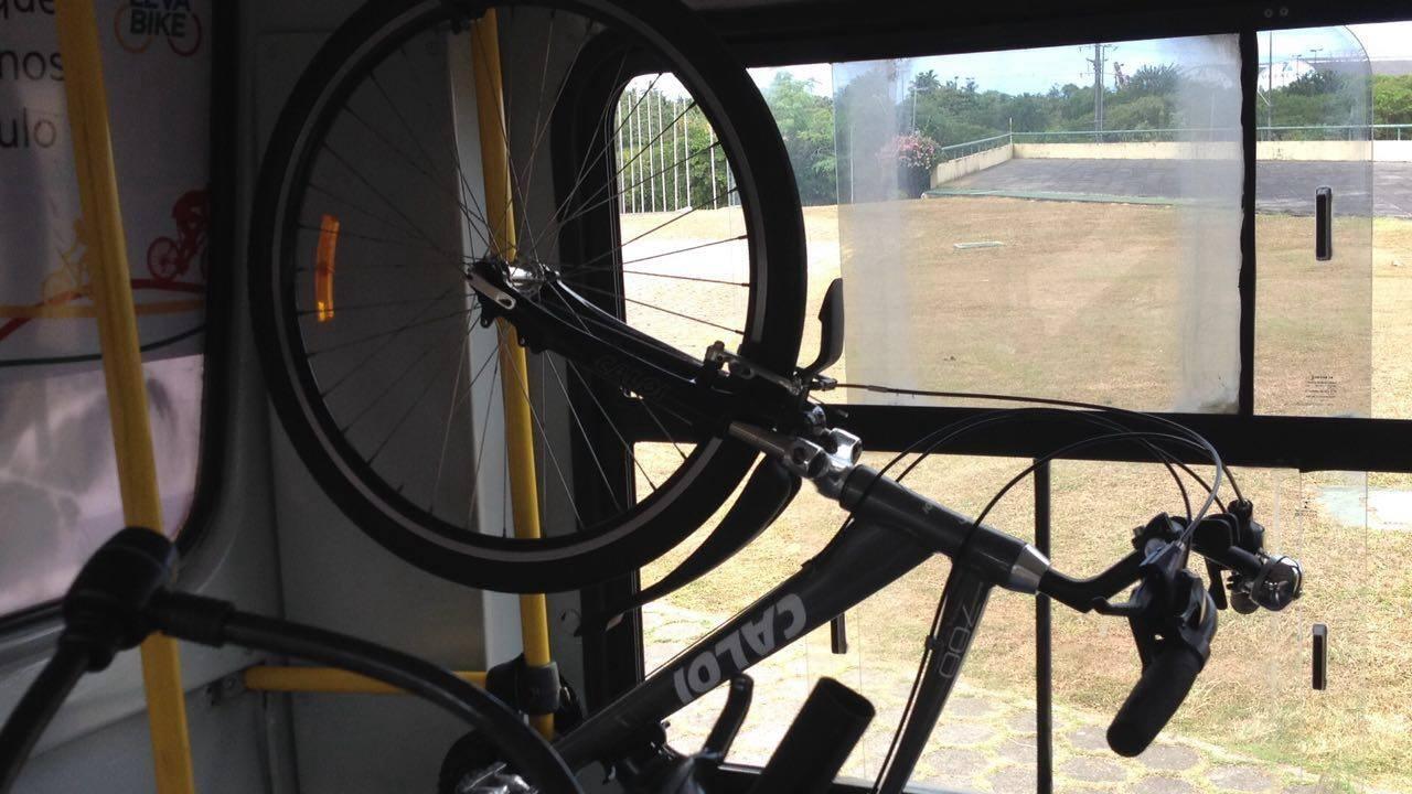 onibus suporte bicicleta urbano