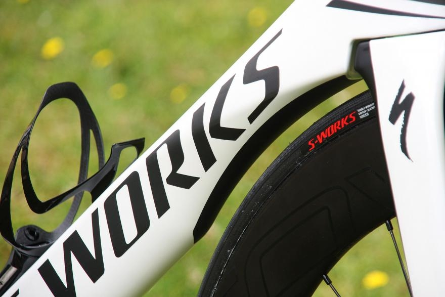 specialized-venge-vias-disc-downtube
