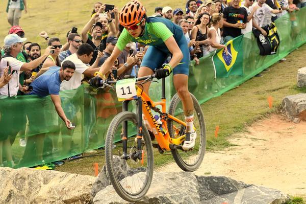 Raiza na Taça Brasil de XCO em Curitiba (Divulgação Esporte na Foto)