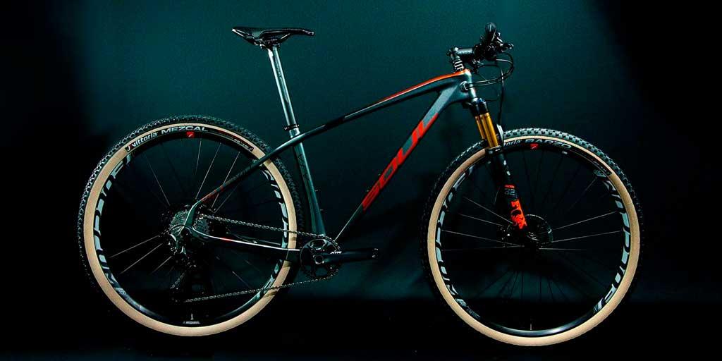 Soul-Cycles-Vesuvio-bicicleta-carbono-10-anos